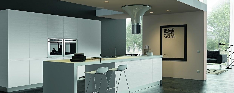 Cucina moderna con maniglia integrata modello zenit essebi cucine mobil discount - Alma scuola cucina costo ...