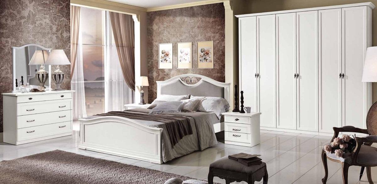 Camera matrimoniale classica bianca con inserti modello for Camera matrimoniale bianca